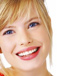 Mariana Sacoto Navia Ortodoncia & Estética Dental